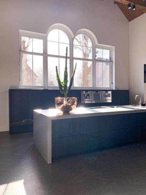 binnenkijken modern industriële woning - keuken
